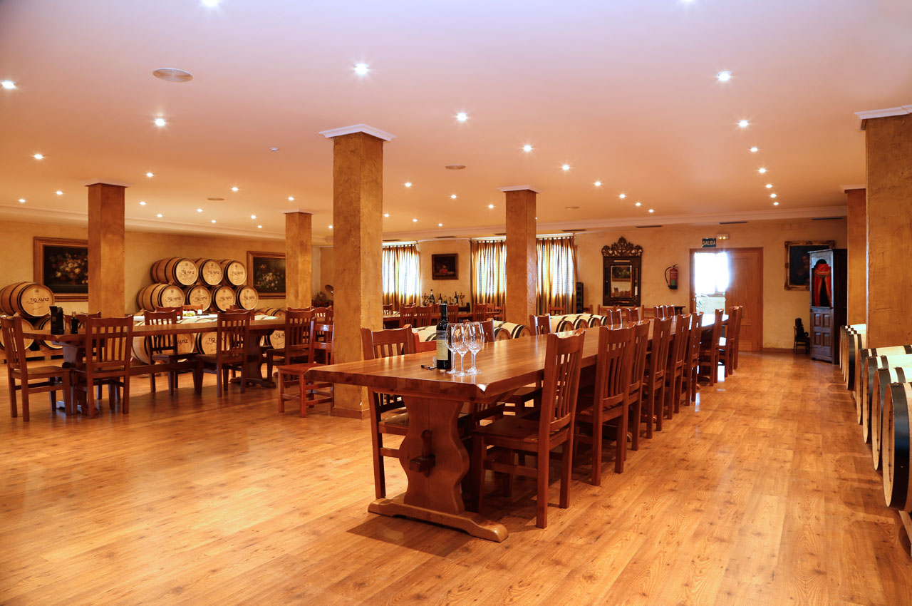Salón comedor de Bodegas La Eralta